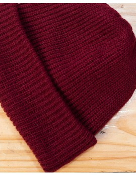 ELAN SIGNATURE - RIBBED KNIT OX-BLOOD BEANIE HAT